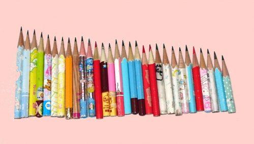 小さくなった鉛筆の写真