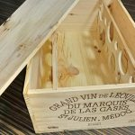 簡単DIY。100均ダイソーの水性ニス「チーク」をワイン木箱に塗ってみた。2度塗り・4度塗りした写真もあり!